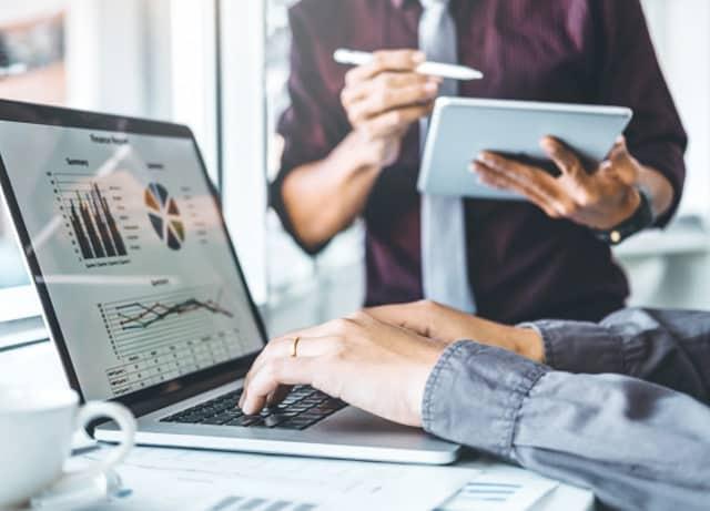 10 سوال مهم در جمع آوری اطلاعات مشتری