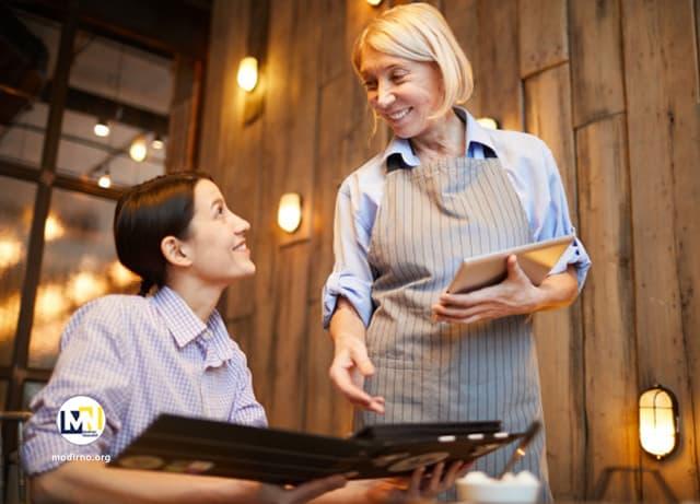 نحوه ارائه خدمات به مشتریان