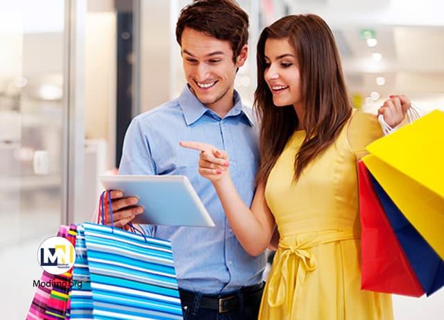 چگونه میتوانید مشتریان خود را خوشحال کنید؟ روش های جذب مشتریان