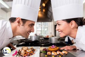 یک رستوران چطور می تواند مزیت رقابتی ایجاد کند؟